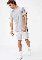 Cotton On - Performance active tech T-shirt - athletic grey heather