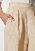 VELVET - Pull on textured balloon pant - neutral