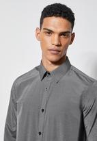 Superbalist - Jos slim stripe shirt - black