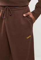 Levi's® - Levis seasonal sweatpant - bitter chocolate