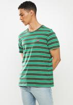 Levi's® - Ss classic hm tee boogie - thyme stripe