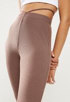 Blake - Flare leg trouser with flossing detail - cognac