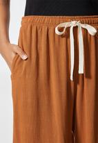 Superbalist - Relaxed trouser - copper