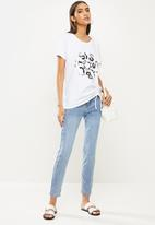 SISSY BOY - Oversized T-shirt with asymmetrical ruching tee - white