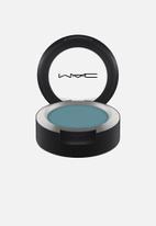 MAC - Powder Kiss Eyeshadow - Good Jeans