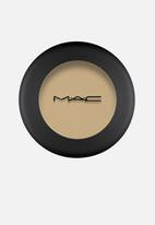 MAC - Powder Kiss Eyeshadow - Per-Suede Me