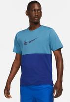 Nike - M nike df wr run top gx short sleeve - blue