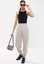Factorie - Super slouchy trackpant - neutral
