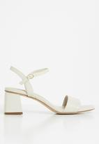 ALDO - Gleawia0 block heel - cream