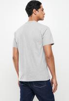 Vans - Left chest logo tee - grey