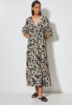 VELVET - Plunging empire cutline tiered maxi dress - black & brown