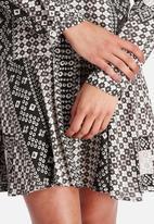 VILA - Scarf Dress