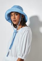 Superbalist - Emma bucket hat - blue