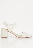 ALDO - Umemma heel - white