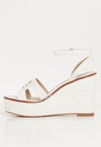 ALDO - Onan wedge heel - white