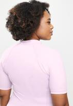 Lizzy - Plus aylin short sleeve rashie - lilac
