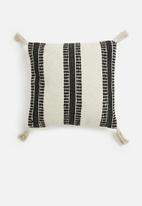 H&S - Tassel striped outdoor cushion - black & beige