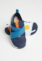 Nike - Nike flex advance se - navy
