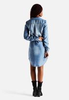 Vero Moda - Kardash 3/4 Denim Shirt Dress