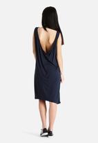 Vero Moda - Kikuno Dress
