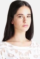 Vero Moda - Anja Fringe Lace Top