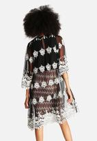 Glamorous - Embellished Kimono