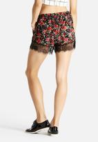 Glamorous - Floral Shorts