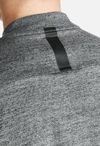 Nike - Nike Bonded Jersey