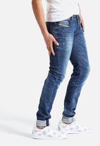 Diesel  - Sleenker Skinny Jeans