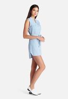 New Look - Sleeveless Denim Shirt Dress