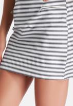 New Look - Char Stripe A-Line Skirt