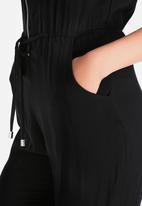New Look - Grown On Sleeve Zip Front Jumpsuit