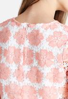 Glamorous - Floral Lace Top