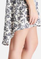 Glamorous - Antique Floral Shirt Dress