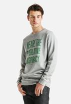 WeSC - Clean Message Crew Neck