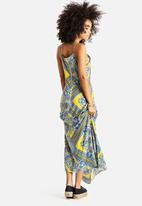 AX Paris - Paisley Strappy Maxi Dress