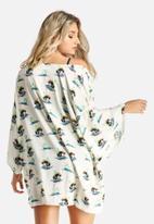 Artistic Revolution in Time - Island Kimono