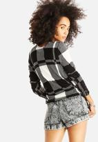 VILA - Kaktas Checked Sweater