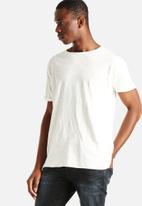 NUDIE - Raw Hem T-shirt Slub