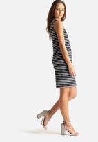 VILA - Tinny S/L V-Neck Dress