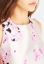 AX Paris - Floral Crop Top