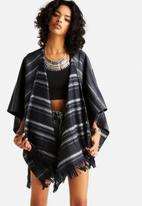 ONLY - Chris Wool Poncho