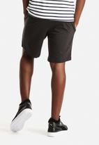 PUMA - Sweat Shorts