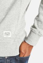 Jack & Jones - Athlete Sweat Crew Neck