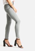 Glamorous - Skinny Jean