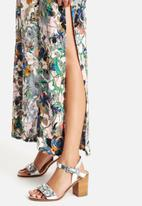 AX Paris - Side Split Maxi Dress