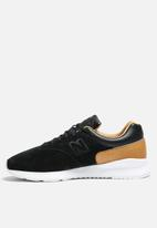 New Balance  - MD1500DG