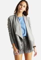 Vero Moda - Inci Drapy Knit Blazer