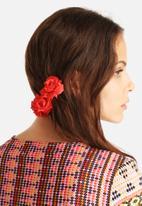 Johnny Loves Rosie - Alexa Japanese Silk Rose Trio Hair Barrette