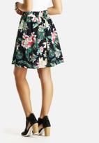 Vero Moda - Mallina Skirt